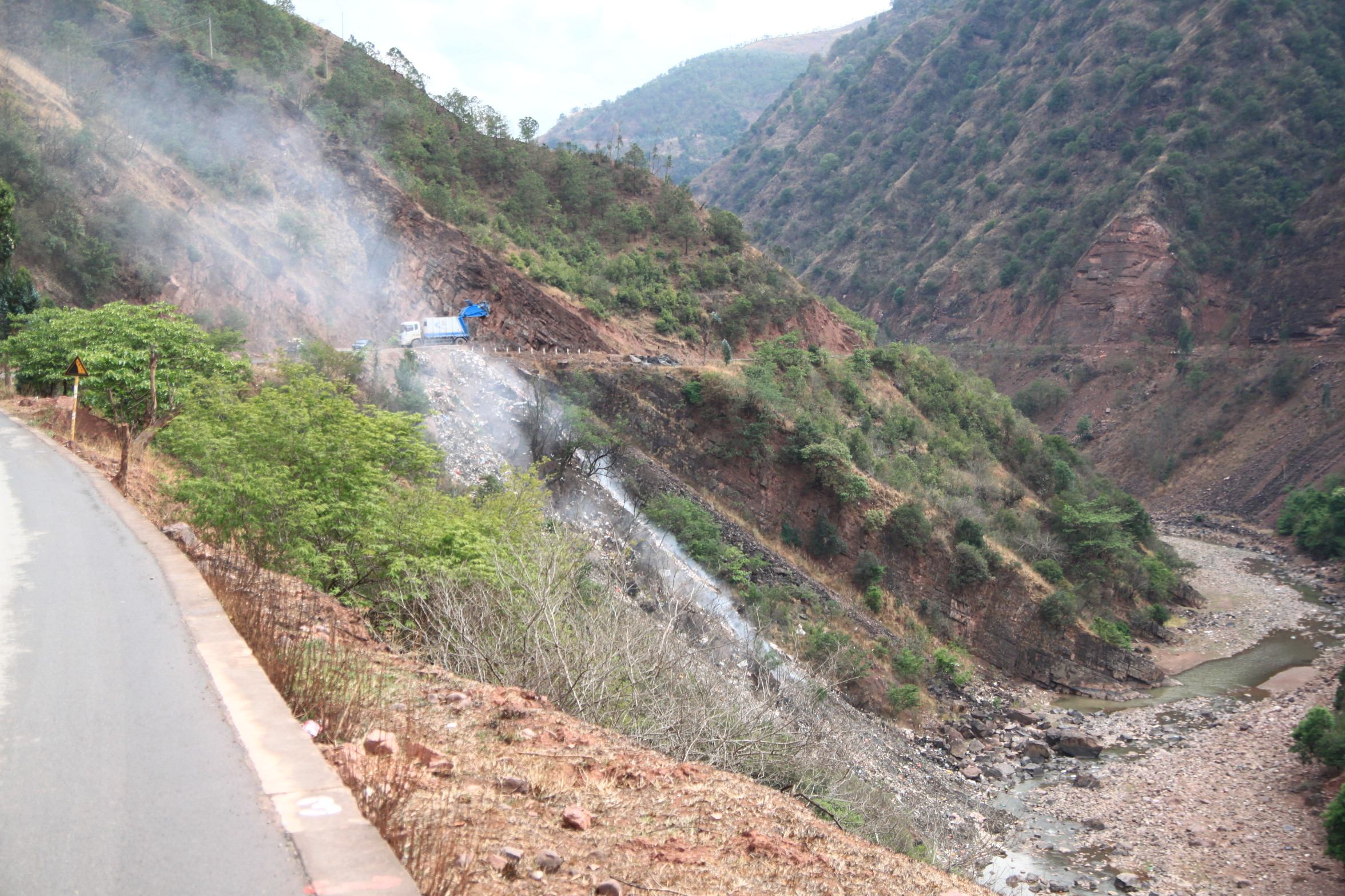 2013-05-02 to Xiguba 056.JPG